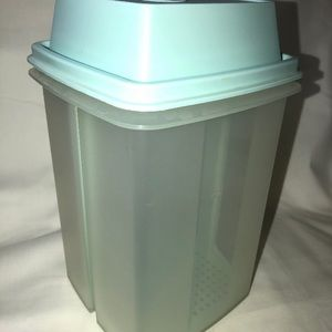 """Vintage Tupperware """"Pick-a-deli"""" container LARGE"""